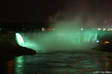 Horseshoe Fall at night